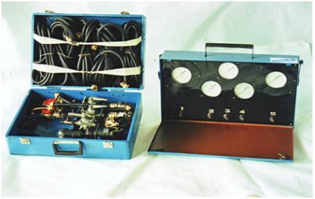 Прибор для проверки пневмопривода тормозной системы К-235М