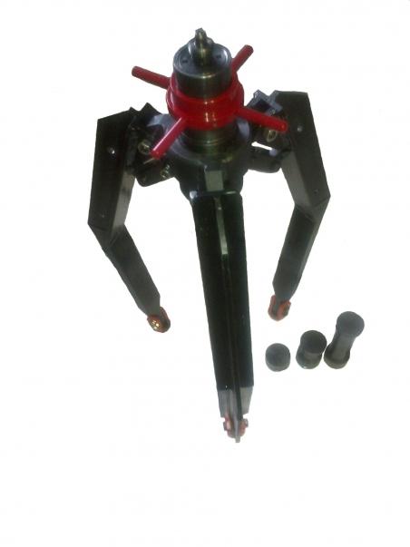 Съёмник тормозных барабанов, дисков и подшипников 0206010М