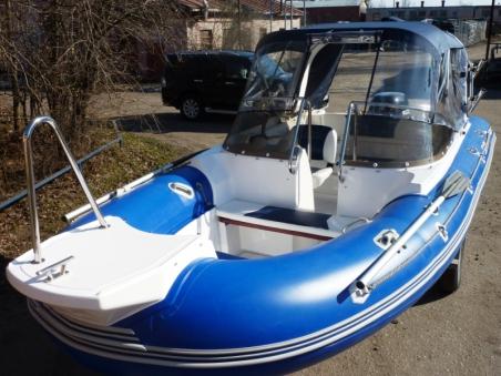 Лодка СкайБот SB 520RT